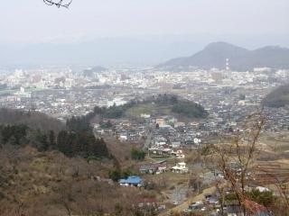 花見山から福島市市街を望む